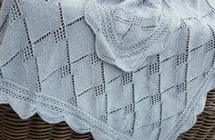 Babydeken. Het breipatroon heb ik uit een oude Diana breimode.