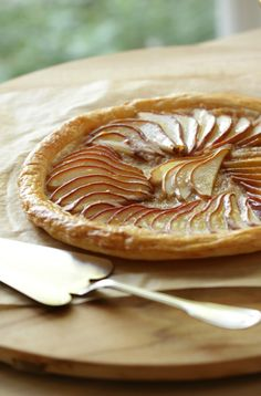 Easy pear tart recipe that is a great Thanksgiving Dessert Idea. Comes together in less than an hour and requires no kitchen gadgetry! Includes recipe video too.