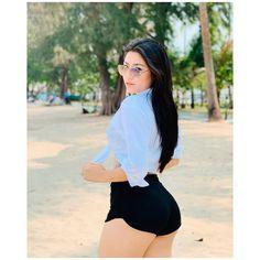 Baby Maung #babymaung #myanmarmodel #myanmar #myanmargirl #attractive #beautiful #shortpants #pants Baby Maung #babymaung #myanmarmodel #myanmar #myanmargirl #attractive #beautiful #shortpants #pants #beach #beautiful #beachoutfit #curve #body #perfectbodygirl #outfit #beautifulgirl #fit Look Fashion, Womens Fashion, Sweet Lady, Beach Outfits, Rita Hayworth, Nice Body, Asian Beauty, Cute Girls, Bikinis