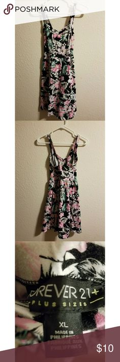 Forever 21 Plus floral jersey dress Beautiful Forever 21 plus size floral jersey dress (dress length is up to thighs or knees). Size XL. You will look beautiful wearing this. Plus is beautiful. Forever 21 Plus Dresses Midi