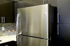 How to Naturally Clean & Polish Stainless Steel | eHow Cleaning Stainless Steel Fridge, Best Stainless Steel Cleaner, Clean Refrigerator, Stainless Steel Kitchen Appliances, Stainless Steel Refrigerator, Cleaning Appliances, How To Clean Aluminum, How To Clean Rust, Diy Natural Jewelry Cleaner