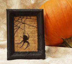 Bolo Halloween, Theme Halloween, Halloween Spider, Halloween Signs, Halloween Projects, Diy Halloween Decorations, Halloween House, Holidays Halloween, Vintage Halloween