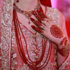 Pakistani Bride ♡ ♥ ♡ Follow me here MrZeshan Sadiq