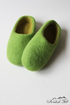 Felted wool slipper-warm house shoes-made to order by NordiskFilt on Etsy Felted Wool Slippers, Womens Slippers, Wool Felt, Warm, Woman, Trending Outfits, Unique Jewelry, Handmade Gifts, House
