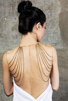 The original badass body chain jewelry brand. We're turning traditional jewelry fashion world upside down with our body chains. Jóias Body Chains, Steampunk Accessoires, Jewelry Accessories, Fashion Accessories, Fashion Jewelry, Jewelry Design, Black Jewelry, Jewelry Trends, Gold Jewellery