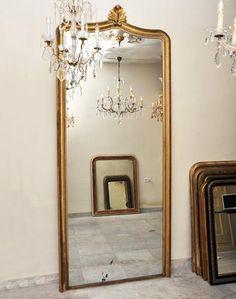 Zeer grote gouden spiegel, Hollands antiek, 275 cm hoog! | Kroonluchters.com