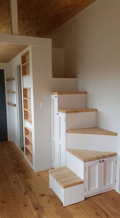Inventive Staircase Design Tips for the Home – Voyage Afield Tiny House Bedroom, Tiny House Stairs, Loft Stairs, Tiny House Living, Attic House, Modern Tiny House, Tiny House Plans, Tiny House Design, Tiny House Furniture
