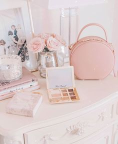 Pink vibes and Too Faced palette Boho Aesthetic, Aesthetic Room Decor, White Aesthetic, Spring Aesthetic, Vintage Princess, Pink Princess, Princess Aesthetic, Pink Room, Affordable Home Decor