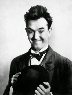 Tuesday of February 1965 Actor Stan Laurel, originally Arthur Stanley Jefferson known from Laurel and Hardy dies of a heart attack at the age of 75 in Santa Monica, California, United States. Laurel And Hardy, Stan Laurel Oliver Hardy, The Comedian, Old Hollywood Stars, Classic Hollywood, Hollywood Walk Of Fame, Clint Eastwood, Santa Monica, Entertainment
