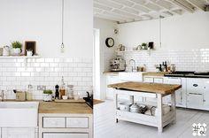 Archistas: Interior Design: White Subway Tiles in The Kitchen