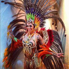 Fantasia de Carnaval 1 550x550 Fantasia de Carnaval Masculinas e Femininas