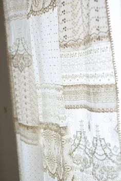 Inspiration file 08Lace patchwork curtain ~ the item you may want to make in early summer