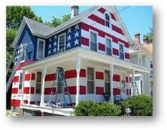 Here's how one makes a brilliant statement--Homeowner' Association said no American flags could be flown in anyone's yard. This was the homeowner's response!