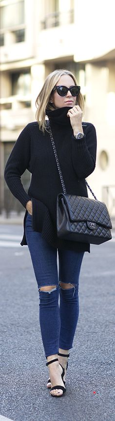 Black turtleneck sweater + ripped jeans.