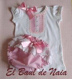 Conjunto braga y camiseta niña Sewing Baby Clothes, Baby Sewing, Girly Outfits, Pretty Outfits, Toddler Outfits, Kids Outfits, Baby Jeans, Baby Bloomers, Little Dresses