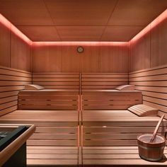Grand Hyatt Dubai, Ahasees Spa & Club, Interior Design By HBA/Hirsch Bedner Associates.nice lighting and ceiling and upper wood working Sauna Steam Room, Sauna Room, Spa Interior, Bathroom Interior Design, Dry Sauna, Outdoor Sauna, Sauna Design, Grand Hyatt, Hotels