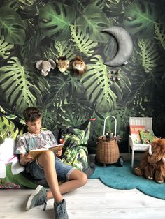 Zitzak met monstera en flamingo, alles te vinden in de shop boysbedroomwallpaper Girls Bedroom Colors, Boys Bedroom Decor, Bedroom Themes, Baby Room Decor, Brighten Room, Jungle Bedroom, Bedroom Door Design, Childrens Bedroom Furniture, Farmhouse Style Bedrooms