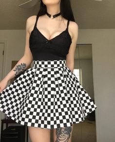 Skater Checkered Skirt, Mod Pleated Plaid Skirt Made of Cotton, Ska High Waist Black and White Mini or Knee Length, Plus Sizes Available Edgy Outfits, Teen Fashion Outfits, Mode Outfits, Retro Outfits, Cute Casual Outfits, Alternative Outfits, Alternative Fashion, Mode Emo, Egirl Fashion