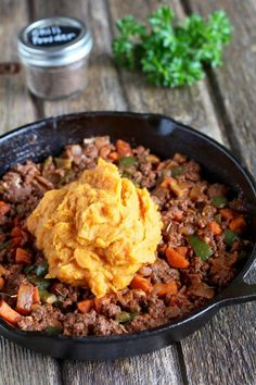 Shepherd's Pie with Sweet Potato Topping | whole30 recipe ideas | whole30 dinner recipes | whole30 comfort food | healthy shepherd's pie recipe | gluten-free shepherd's pie | dairy-free shepherd's pie | paleo shepherd's pie | gluten-free dinners | dairy-free dinners | paleo dinners || The Real Food Dietitians #whole30dinners