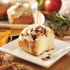 Apple-Pecan Cinnamon Rolls and other bread machine recipes