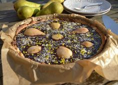 Birnen-Schokoladentarte mit Mandeln Quiches, Fruit Salad, Acai Bowl, Camembert Cheese, Bakery, Pie, Breakfast, Desserts, Food