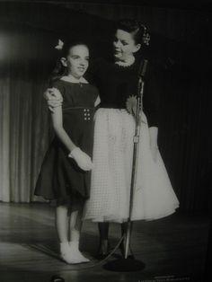 11. Judy Garland and Liza Minnelli, Flamingo, 1957