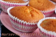 Uzumlu Muffin Kagitli Kek Tarifi | Yemek Tarifleri Turkish Delight, Pudding Cake, Turkish Recipes, Tart, Muffins, Food And Drink, Cupcakes, Sweets, Cooking