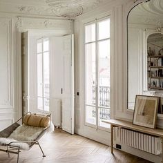 homedecor simple Apartment inspiration via by leiasfez Home Living, Living Spaces, Living Room, Apartment Inspiration, French Interior, Scandinavian Interior, Deco Design, Design Design, Apartment Design