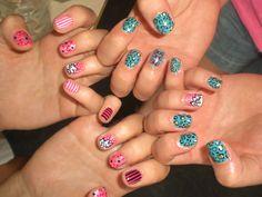 Wah nails - leopard and bows