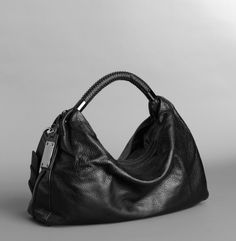 No Slouch Medium Hobo by Kenneth Cole New York in Black leather
