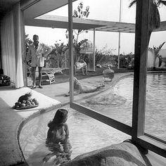 Sneaky Peak inside the Loewy House : Palm Springs : Albert Frey for Raymond Loewy