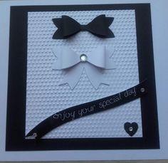 C'est la saison des mariages, pour l'occasion une carte en noir et blanc