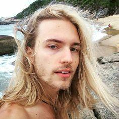 Alessandro Pierozan Model Photos - Alessandro at the Beach Beautiful Men, Beautiful People, Long Blond, Boys Long Hairstyles, Undercut Hairstyles, Blonde Boys, Attractive Men, Male Beauty, Hair Inspiration