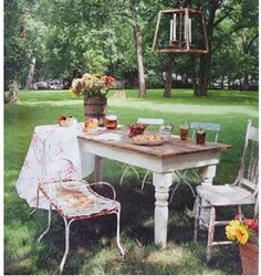 Everything about this is delicious - I dream of buying a table like this one!!