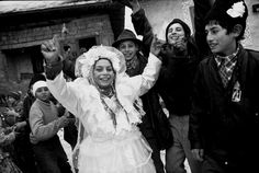 Leresche Swiss photographer lausanne - photo report - Gypsies. Roma. Rroma. Gypsies. Gypsies