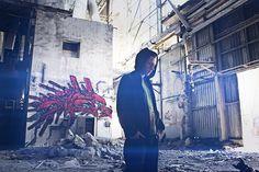 Ausschnitt aus Rapvolution   von Kilez More Neckline