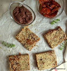 Mediterranean pie with olive paste and sundried tomatoes Olive Paste, Vegan Snacks, Bakery, Pie, Pasta, Bread, Cooking, Food, Entertaining