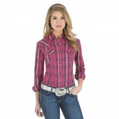 Wrangler Womens Western Plaid Snap Down Shirts Berry & Black