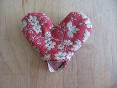 Cucire Molti modi ...: Tool Time Martedì ... Tessuto Cuore Bookmark