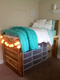 Diy under bed storage. diy under bed storage college dorms Dorm Room Storage, Dorm Room Organization, Under Bed Storage, Organization Ideas, Storage Bins, Closet Storage, Extra Storage, Plastic Storage, Storage Drawers