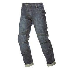 Pantalón Jeans Hombre GMS Lennard Pantalón vaquero de moto. Denim Algodón (100%) + Aramida. Forro de malla. Refuerzo de Aramida en zonas sensibles, caderas, trasero, muslos, y rodillas. Paneles elásticos en rodillas y trasero. Corte clásico con 5 bolsillos. Protecciones adicionales en la cadera, EN 1621-1. Bolsillos para protecciones en la rodilla. Tallas: 30 a 40.