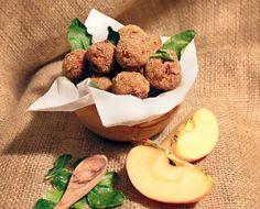 Polpettine di manzo, mela e zenzero con paprica e foglie di lime | Honest Cooking Italia