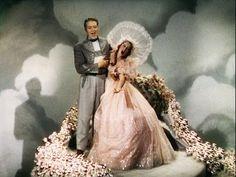 Sweetheart's Waltz with Intro - Jeanette MacDonald & Nelson Eddy - YouTube