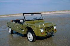 Citroen ve Cengaverlere Hikayeler. Beach Rides, Beach Cars, Vintage Cars, Antique Cars, 2cv Sahara, Car Paint Colors, Psa Peugeot Citroen, 4 Wheels Motorcycle, Cabriolet
