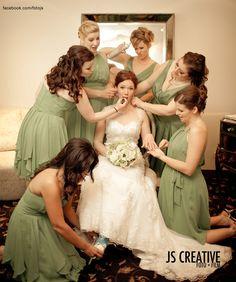 Bride/Bridesmaids shot! so cute!!