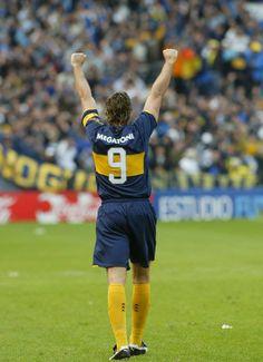 #BocaJuniors #Palermo Messi, Martin Palermo, Football Soccer, Sicily, Running, Legends, Gucci, Wallpapers, Sport