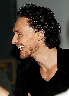 Tom Hiddleston. ❤️