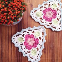 Flower triangle bunting