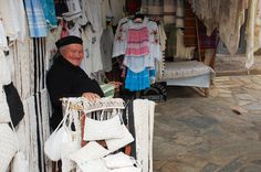 Griekse handwerkster/verkoopster op Kreta