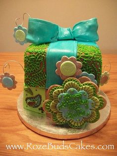Turquoise Henna Cake by RozeBuds Cakes, via Flickr